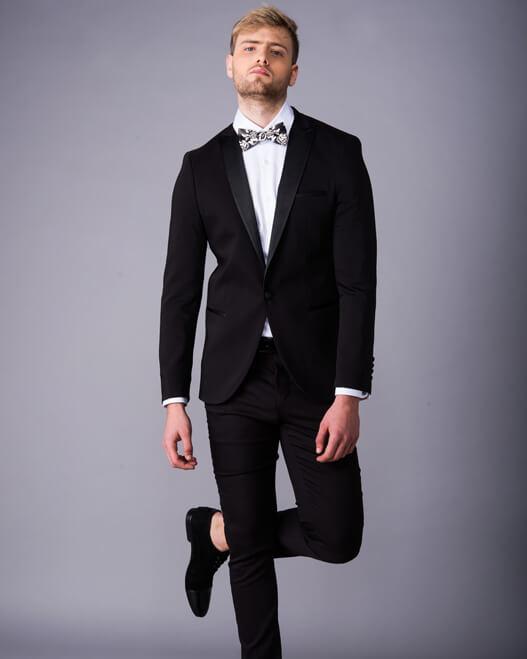 חליפה מעוצבת לגבר קורלאני