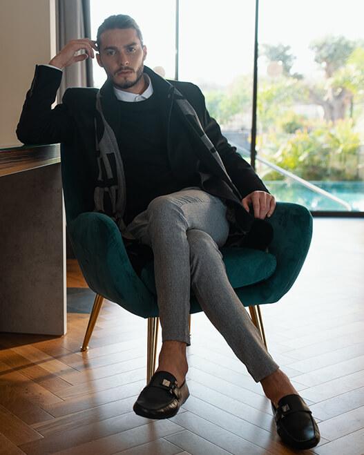 קולקציית חליפות אלגנט קורליאני לאנשי עסקים