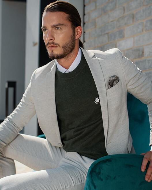 Cortigiani חליפות