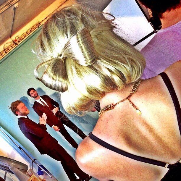 סט צילומים לבגדי חתונה