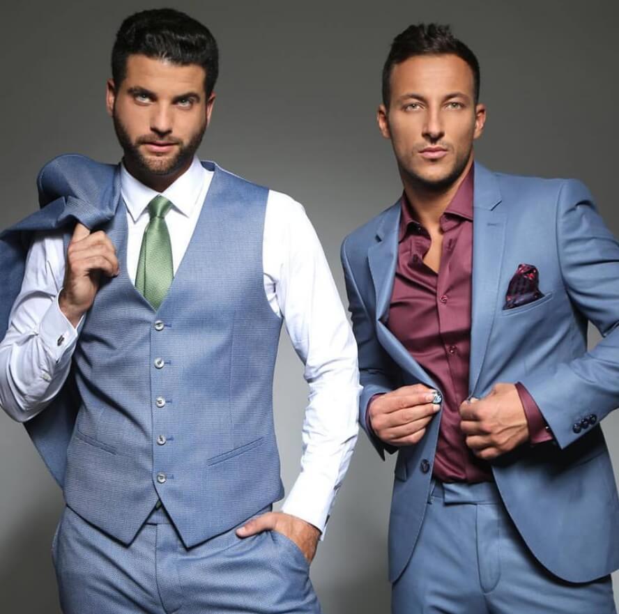 חליפות כחולות